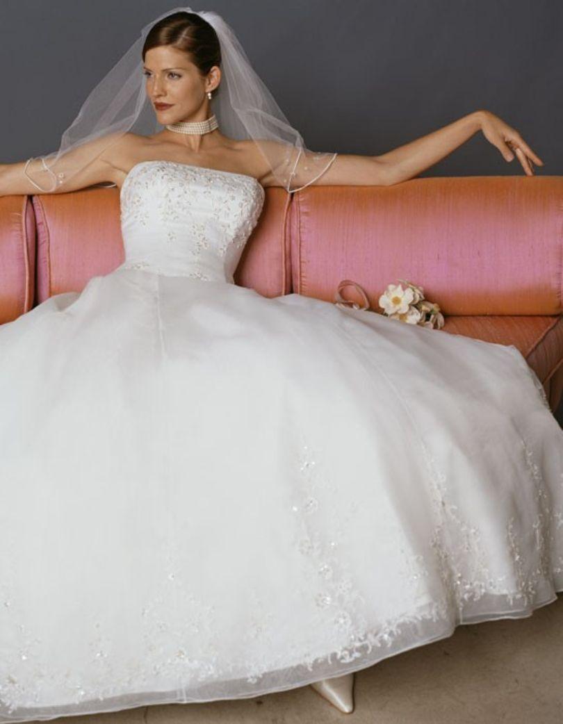 Style 1690   Casablanca Bridal