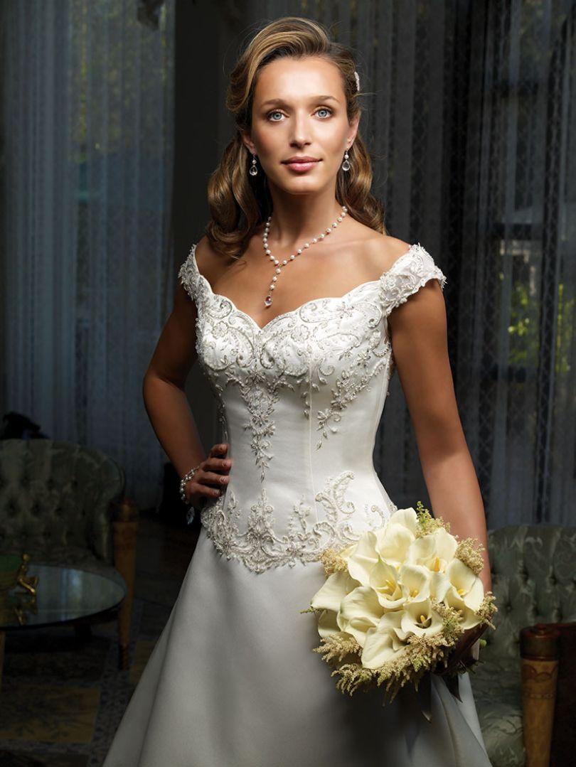 Style 1857 | Casablanca Bridal